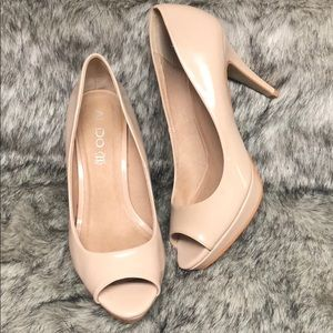 Beautiful Aldo Nude Peep Toe Heels Sz 8.5 /Euro 39